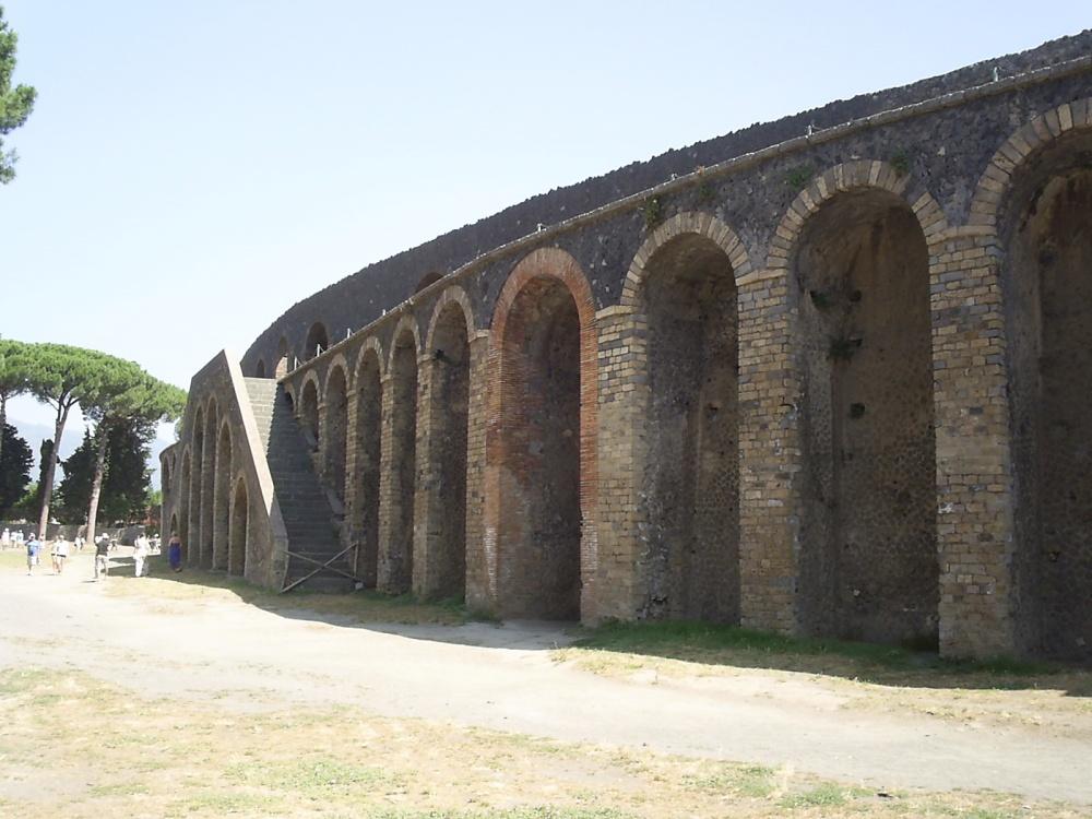 Italy, 2012: Pompeii, past and future. (6/6)